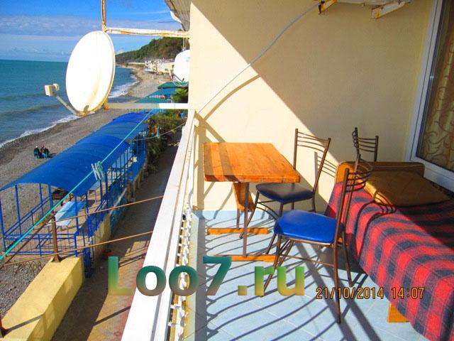 Эллинги в Лоо с балконом