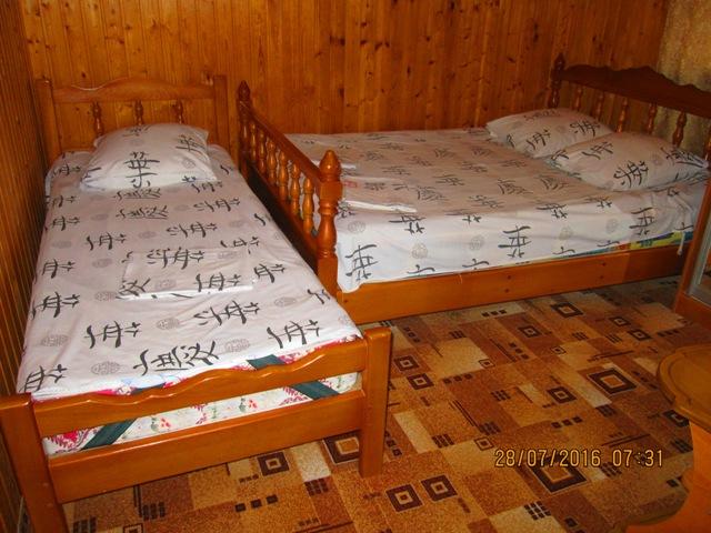 Лоо отдельные деревянные домики