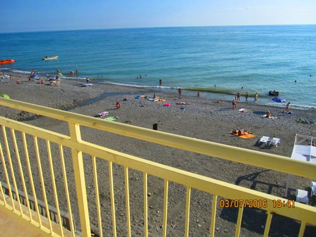 Вид на море с номера с балконом пляж фото
