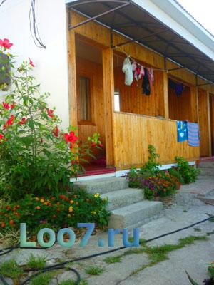 Гостевой дом летние домики в Лоо