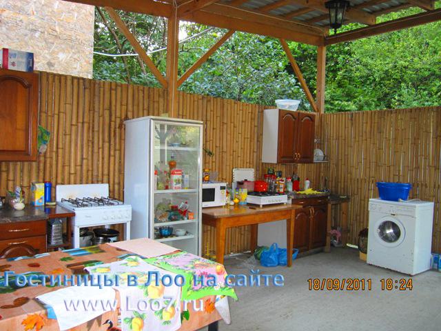 Снять недорого отдельный домик в Лоо у самого моря цены фото домиков