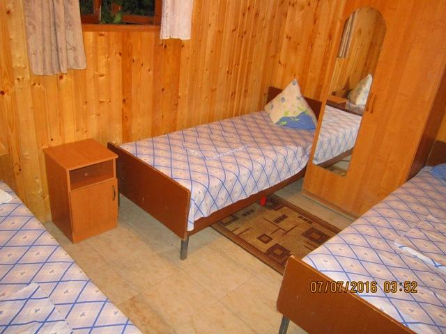 Гостиница в Лоо 8 номера стандарт