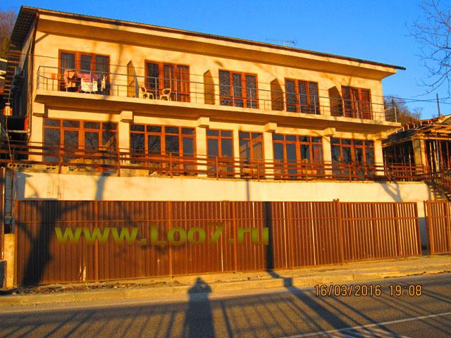 Отдых на Чёрном море частный сектор цены без посредников, частная гостиница в Лоо сдает номера недорого у моря всем желающим отдыхать в Лоо