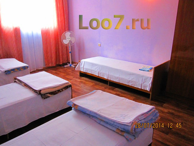 Отдых в Лоо мини гостиницы с бассейном