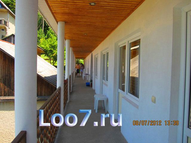Жилье в поселке Лоо