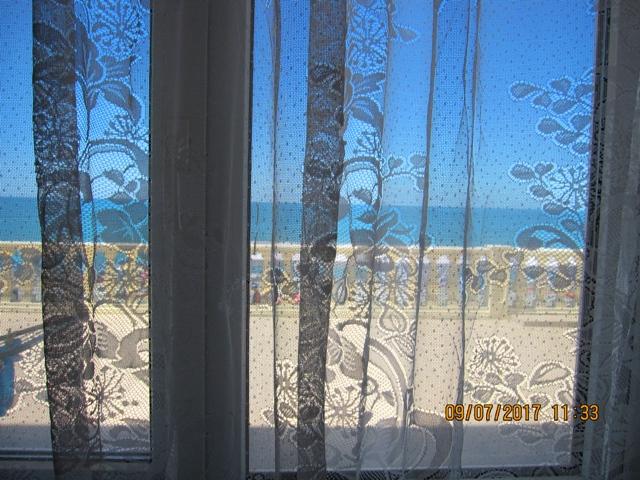 Номера в эллингах Лоо с видом на море