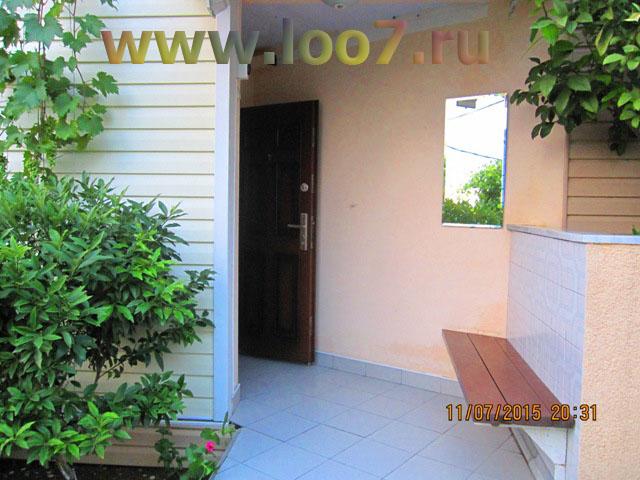 Гостиница в Лоо у самого моря сдает номера всем желающим недорого