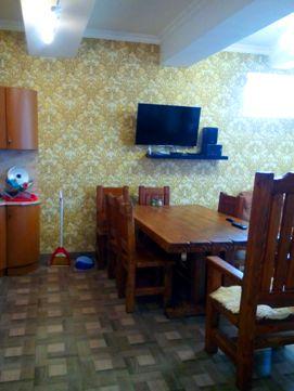 Семейный номер в гостинице Лоо цены фото