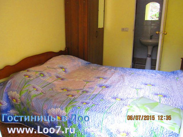 Гостиница в Лоо с номерами люкс стандарт недорого у моря
