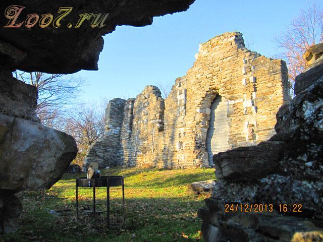 Византийский храм в Лоо фото