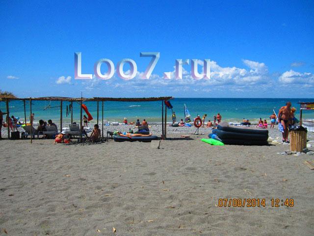 Домики в Лоо рядом с пляжем фото