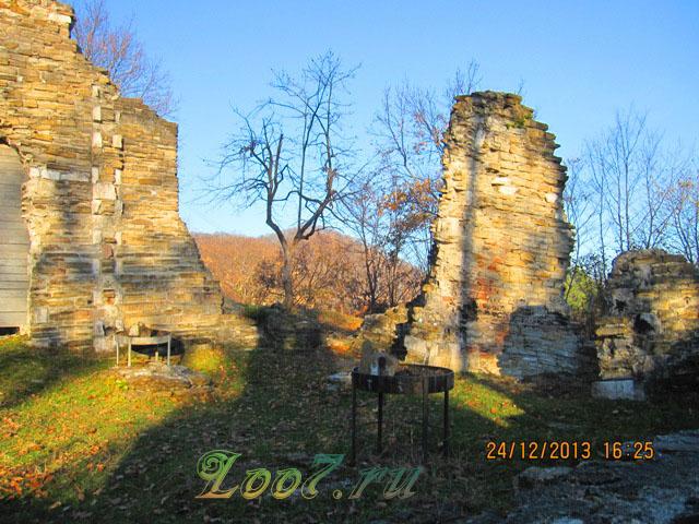 Византийский храм в Лоо на карте