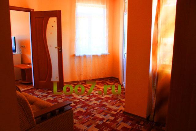 Гостиницы в Лоо на ул енисейской