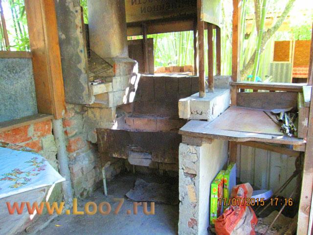 Домики в Лоо с мангалом для приготовления шашлыка
