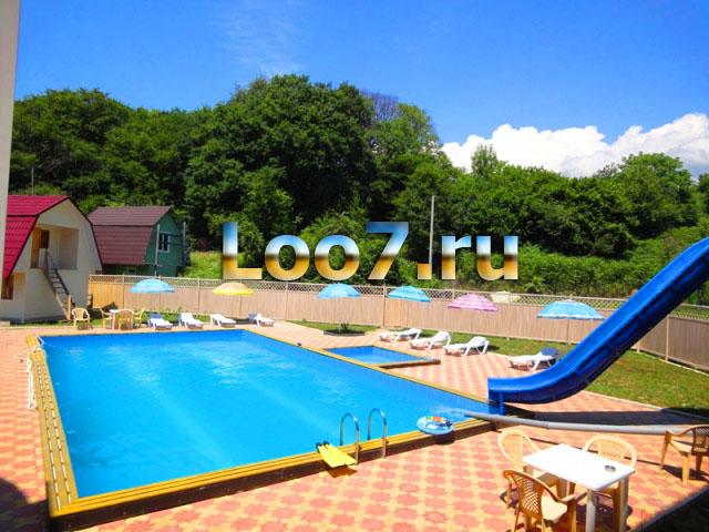 Лоо гостиницы с бассейном