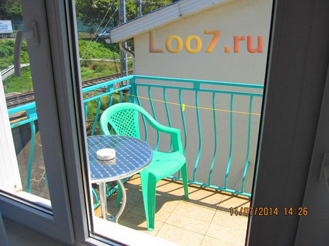 Эллинги в Лоо с балконами