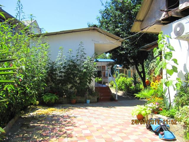 Гостевые деревянные домики в Лоо 9 с удобствами в номере фото цены отзывы отдыхающих