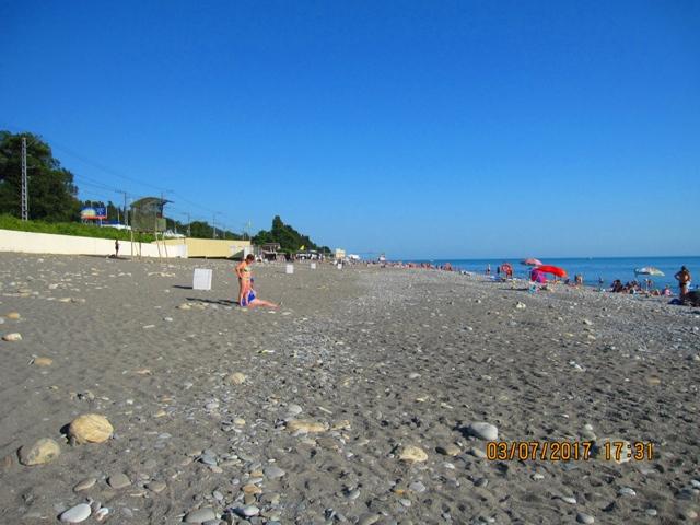Пляж рядом с гостиницей 2 в Лоо