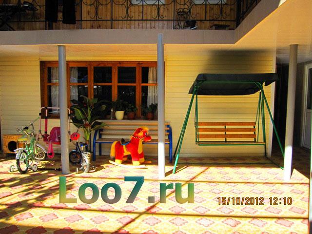 Гостиницы в Лоо с детской площадкой