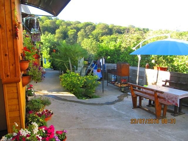 Поселок Лоо деревянные гостевые домики у Матвея снять под ключ недорого