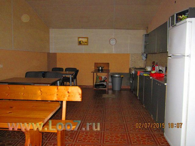 Гостиницы в Лоо с двух комнатными номерами