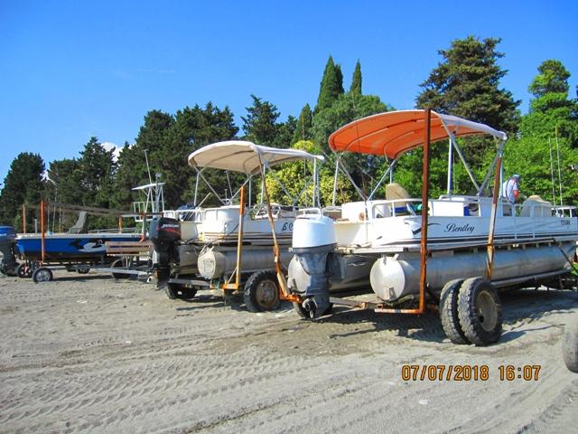 Морские прогулки в Лоо и морская рыбалка в Лоо на катерах