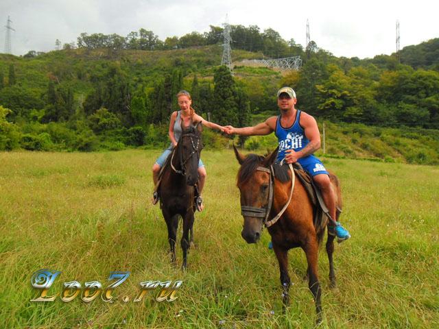 Экскурсия в Лоо конные прогулки