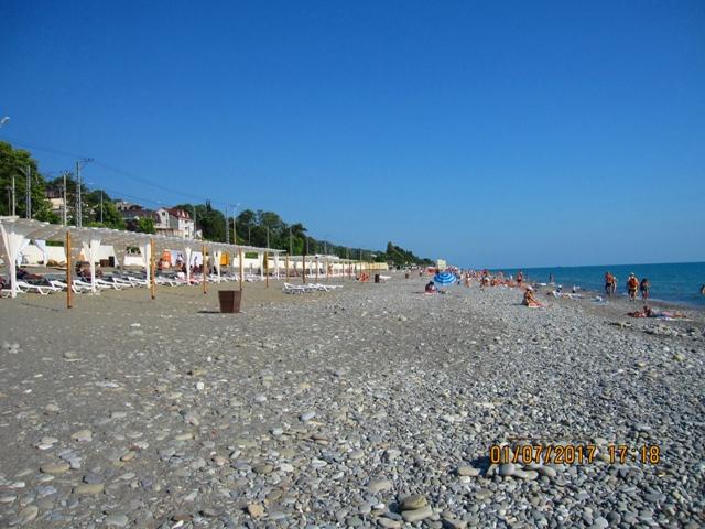 Пляж в Лоо рядом с гостиницей 46 фото