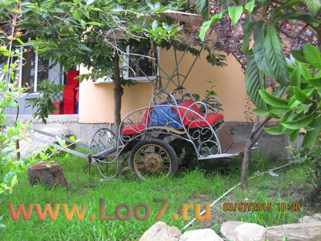 Отдых в Лоо частный сектор гостиницы с игровой площадкой