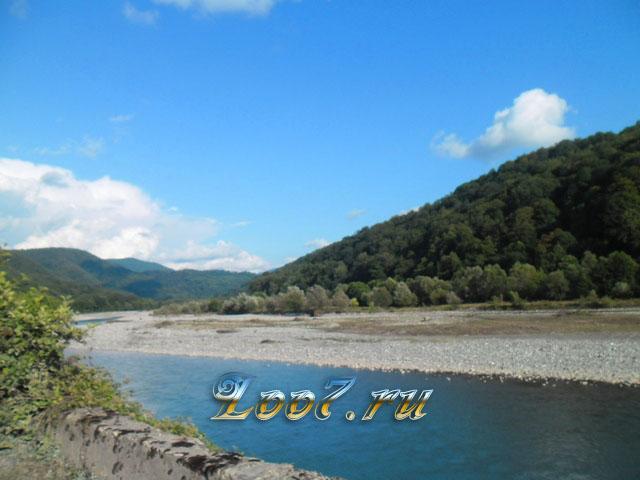Отдых в Лоо на экскурсии 33 водопада