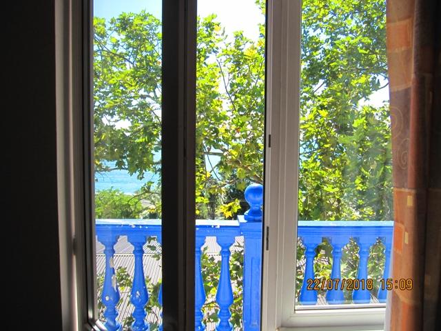Вид на море с двух комнатного номера