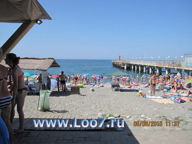 Отдых в поселке Лоо центральный пляж
