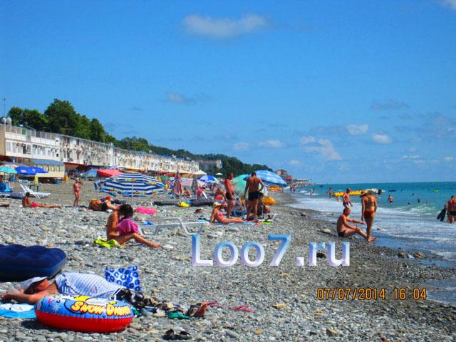 Эллинги в Лоо фото пляжа и набережной