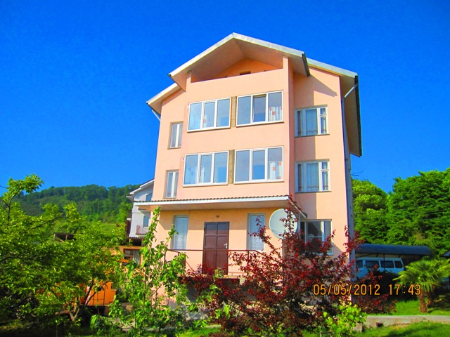 Лоо частный гостевой дом у самого моря фото отдыхающих