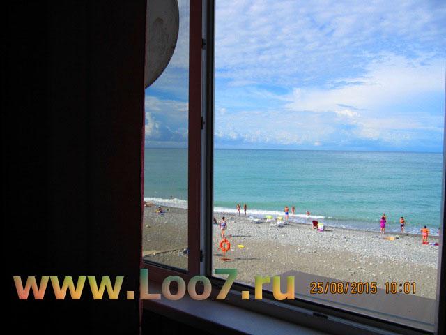 Эллинги в Лоо номера с видом на море фото