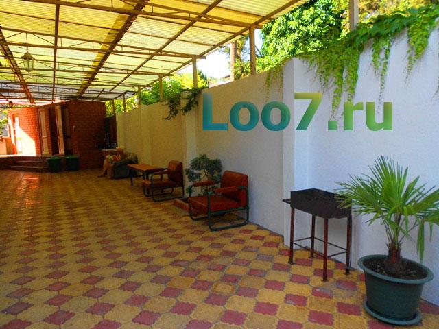 Частные гостиницы в Лоо с бассейном