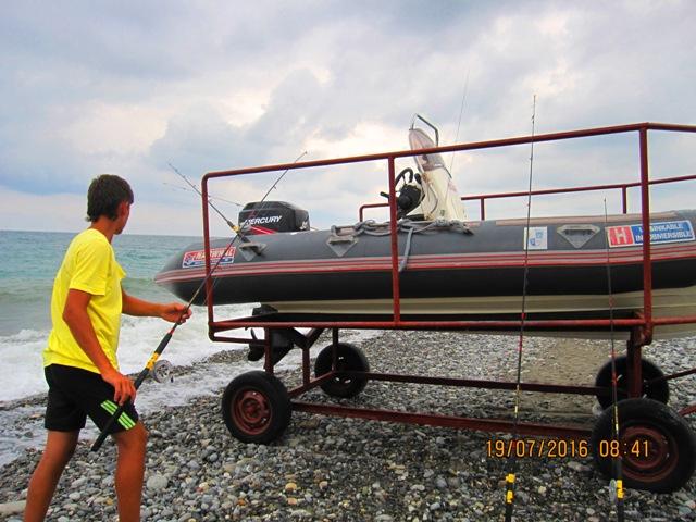 Морская рыбалка организована в эллинге Лоо