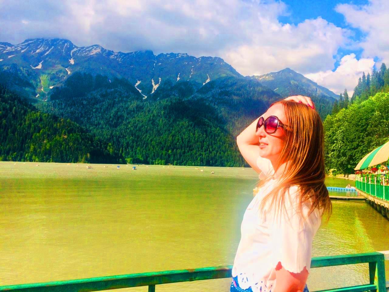 Достопримечательность Абхазии озеро Рица