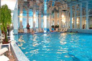 бассейн в аква лоо