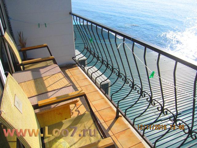 Номера с балконом, эллинги в Лоо частный сектор