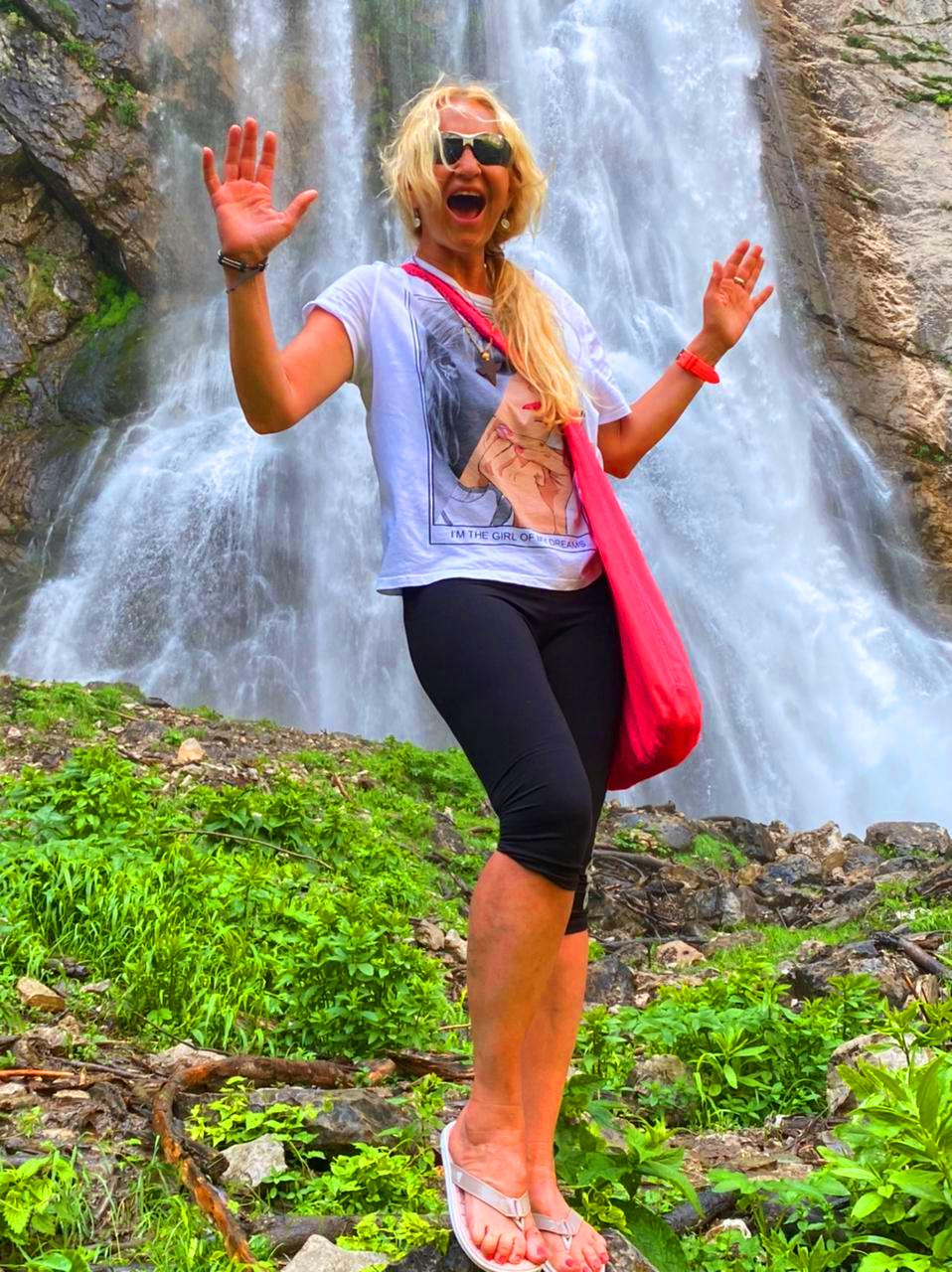 Джиппинг из Сочи в Абхазию на Гегский водопад и озеро Рица,. Экскурсия на 1 день