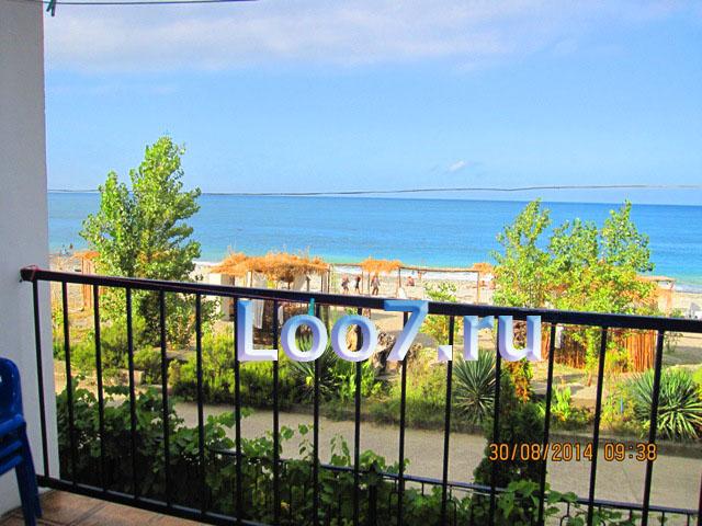 Гостиницы в Лоо с видом на море