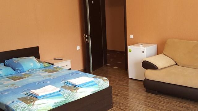 Отдых в Лоо гостиницы на берегу моря