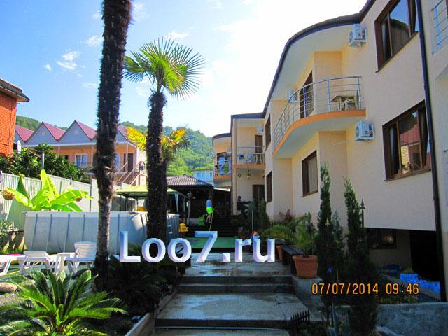 Лоо гостиница с бассейном фото, цены отдых без посредников