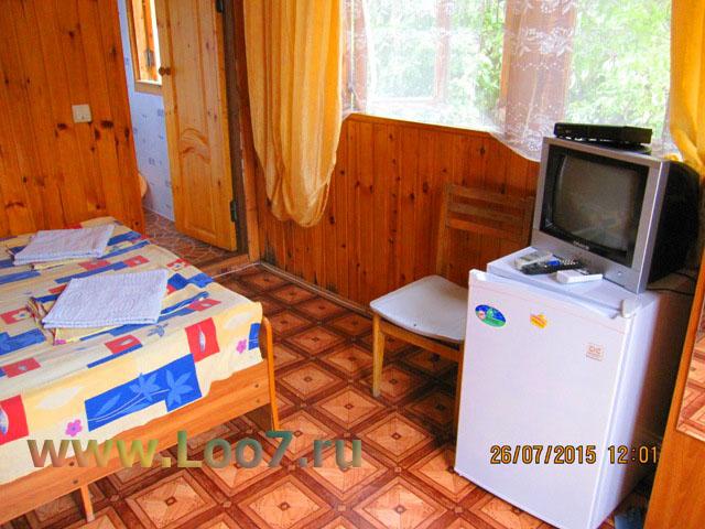 Двух комнатный домик в Лоо фото цены описание номеров у моря недорого