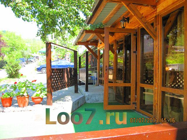 Частный гостевой дом в Лоо отдых цены фото