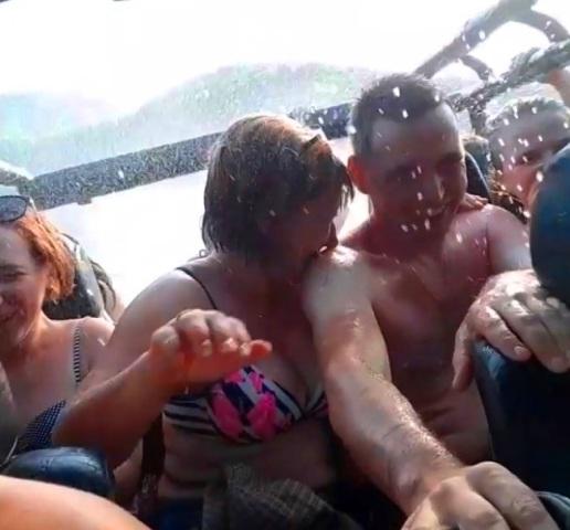 33 водопада джиппинг из Вардане